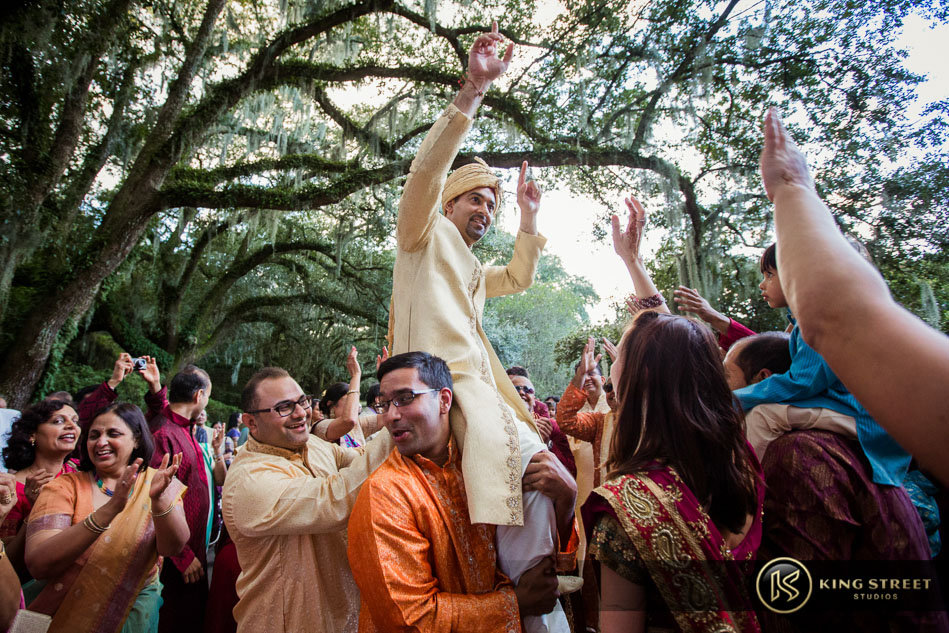 indian-wedding-and-wedding-pictures-by-charleston-wedding-photographers-king-street-studios