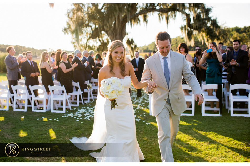 wedding pictures of charleston weddings - aj at wild dunes golf club by charleston wedding photographers king street studios