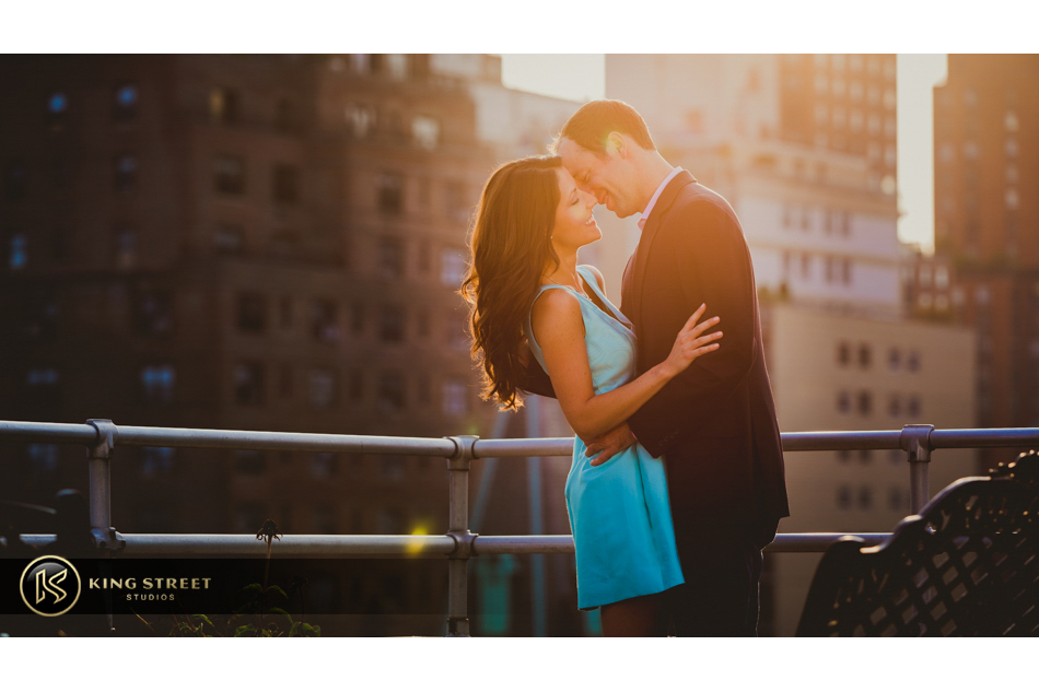 new york engagement pictures and new york engagement photography by new york wedding photographers king street studios