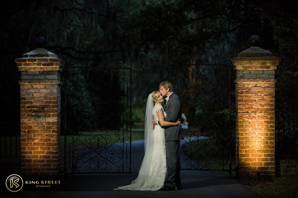 charleston wedding photography at legare waring house – brooke and jeff – by charleston wedding photographers king street studios (10)
