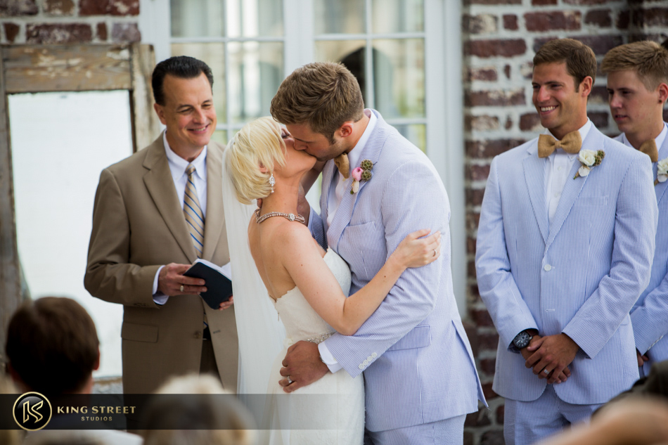 wedding pictures from charleston weddings at historic rice mill by charleston wedding photographers king street studios