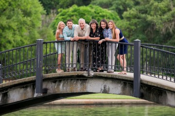 charleston family portraits, family photos in hampton park by charleston family photographers king street studios