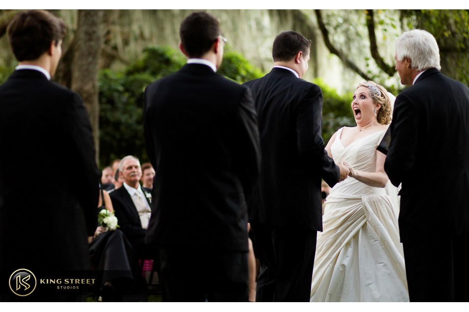 charleston weddings, charleston wedding photography, wedding pictures and wedding photos at legare waring house by charleston wedding photographers king street studios 25