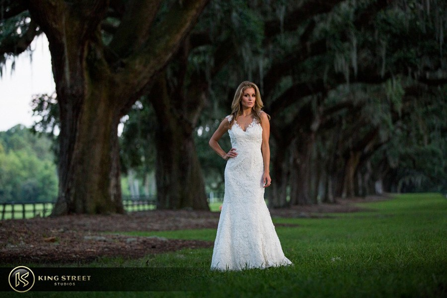 bridal pictures by charleston wedding photographers king street studios-5