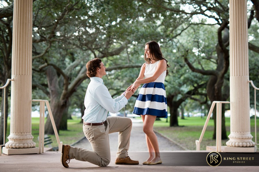 charleston sc engagement photos by charleston engagement photographers king street studios (25)