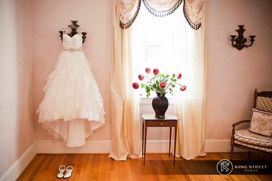 wedding detail pictures by top charleston wedding photographers king street studios (50)