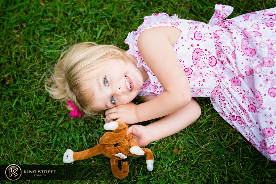 family portraits in charleston by charleston family photographers king street studios (415)