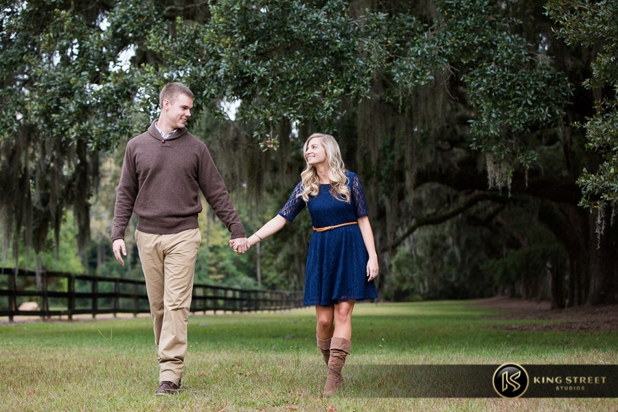 engagement pictures boone hall plantaion charleston engagement photographers king street studios (18)