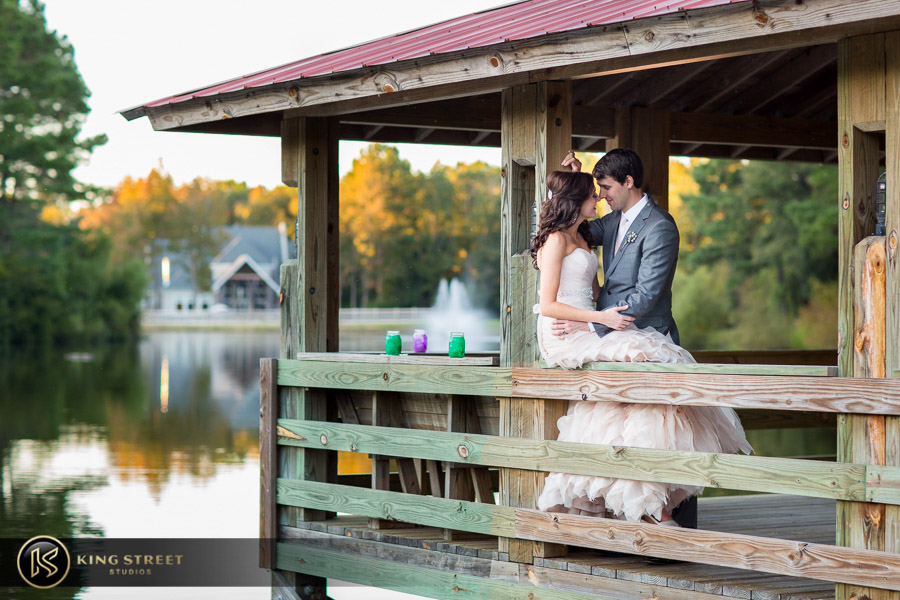 wedding pictures by best charleston wedding photographers king street studios (24)