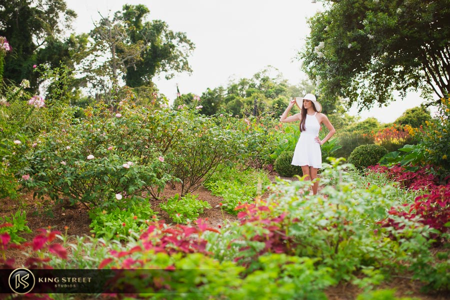 senior pictures at boone hall plantation by charleston senior portrait photographers king street studios (17)