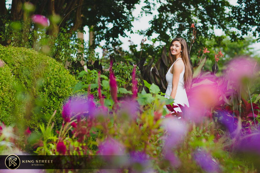 senior pictures at boone hall plantation by charleston senior portrait photographers king street studios (2)
